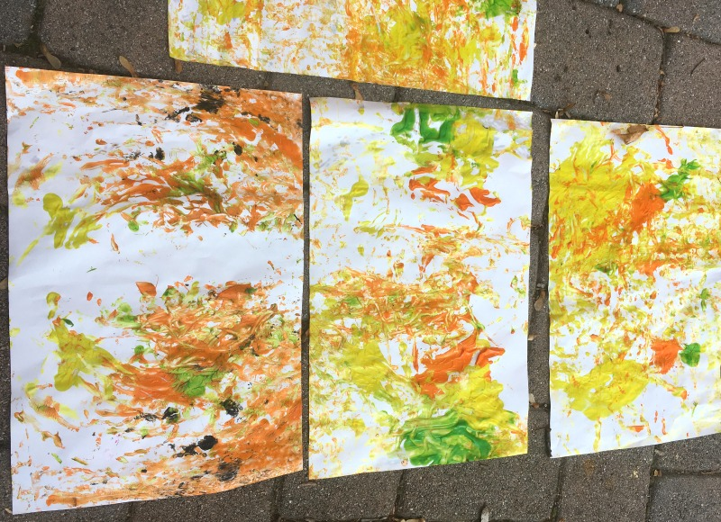 Acorn painting activity - great fall art project for preschoolers