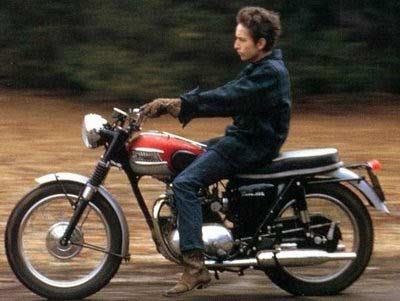 Dylan_on_Triumph_motorbike_64