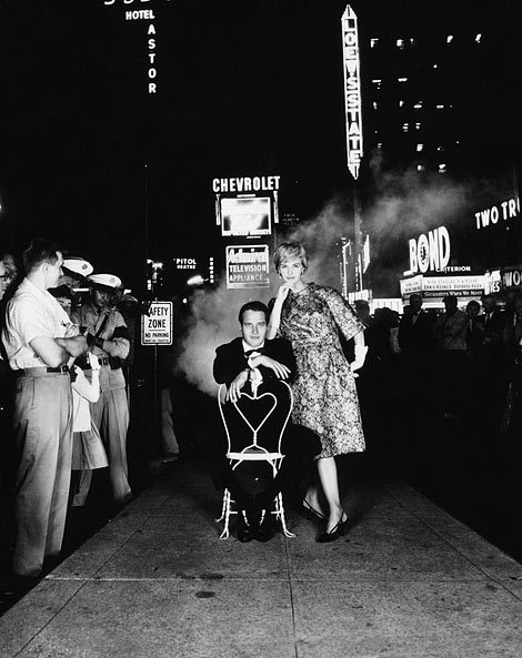 Paul Newman and Joanne Woodward, Times Square, Town & Country, ca. 1960. - © 2014 William Helburn