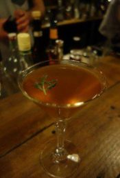 Le Vieux Quarre (Gin Mare, Monkey Shoulder Blended Whisky infused with bergamont, red vermouth, cedralina tassoni, bitter sariette, romarin frais)