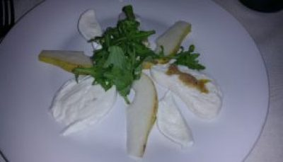 Burrata and Mozzarella di Buffalo with pears, arugula and walnut dressing