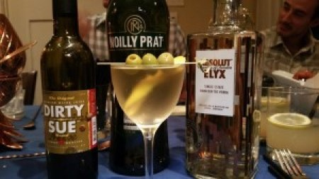 Martini - Absolut Elyx, Noilly Prat, Dirty Sue