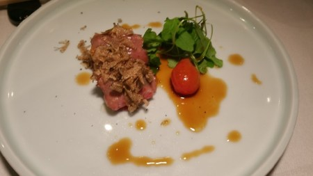 santa-barbara-sea-urchin-wrapped-in-a5-wagyu-beef-with-summer-truffle-and-sweet-ponzu