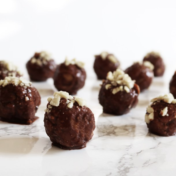 vegan chocolate peanut butter dessert truffles