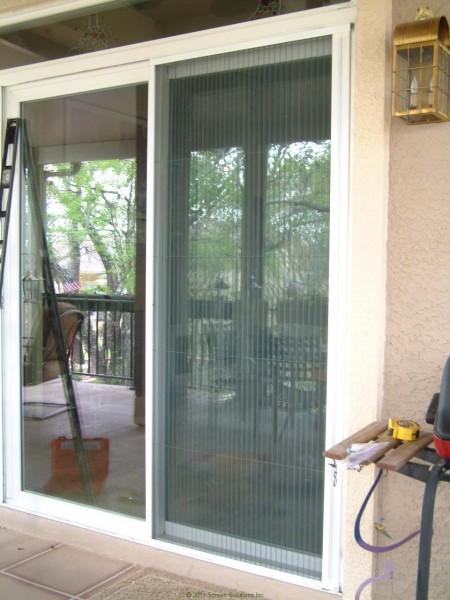 sliding glass door retractable screens