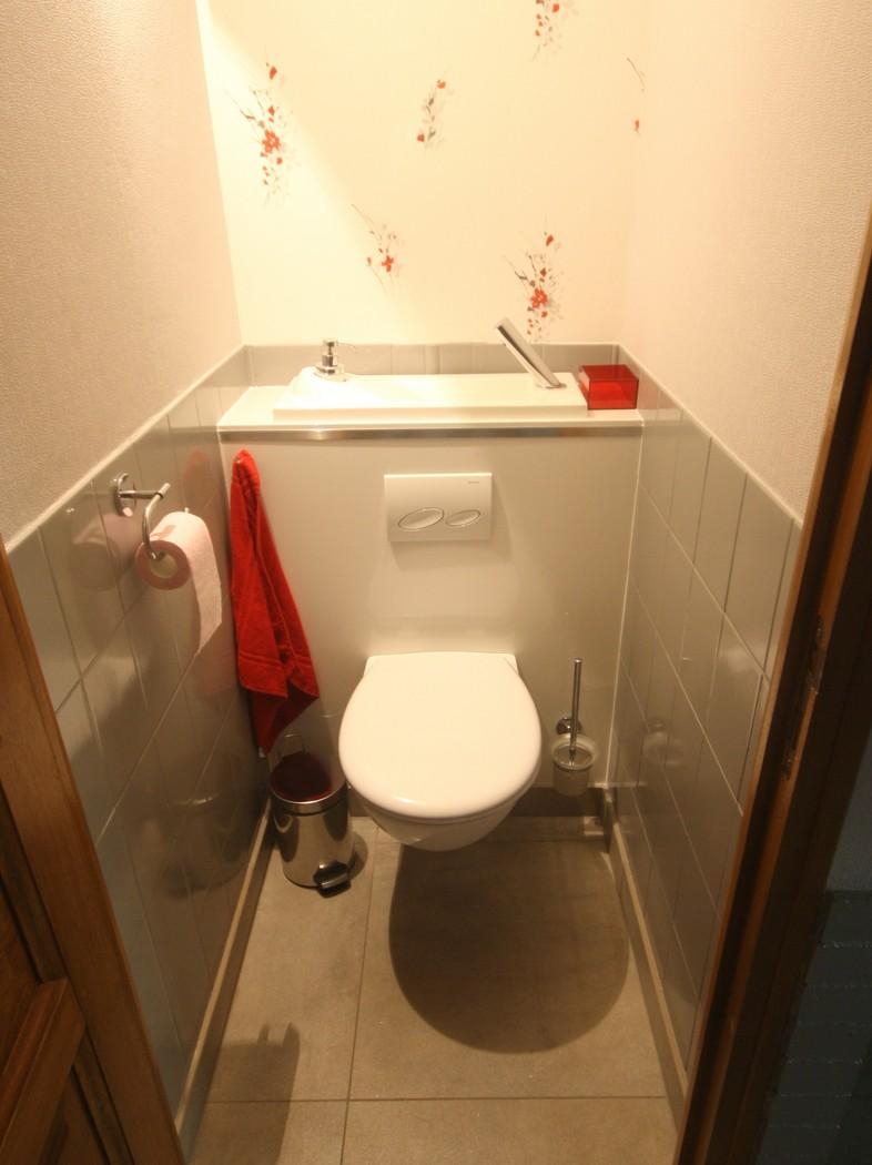 lave main dans mes toilettes page 1
