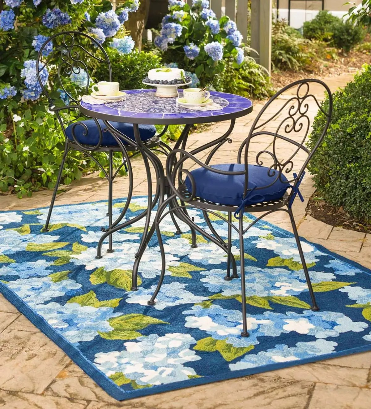 blue mosaic tile bistro set with cushions