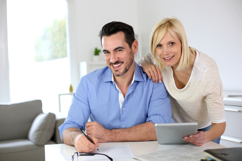 couple-home-working