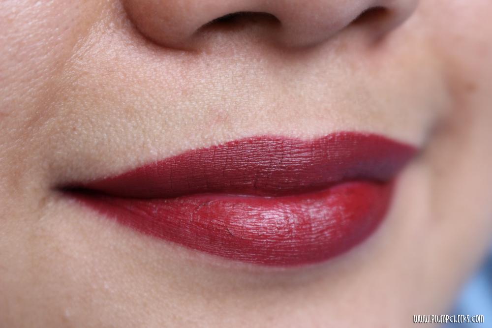 MAC Lipstick in Diva (6)