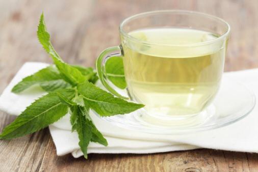 8 Bienfaits du thé à la menthe poivrée ⋆