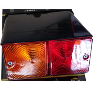 822110RF – AUTOPROM Φανάρι με βάση Ford τρακτέρ οπίσθιο δεξί