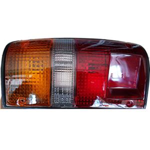 098605811 – LUCID Φανάρι Toyota Hilux 89 δεξί