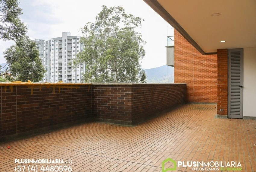 Apartamento en Alquiler   Envigado   Benedictinos   C131
