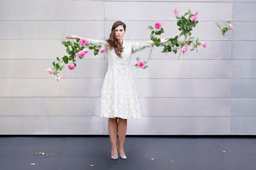 Plus-Size-Kleid in Weiß
