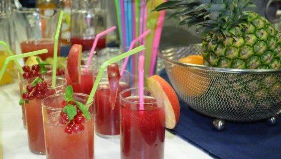 Erfrischung gefällig? Coole Drinks für heiße Sommertage