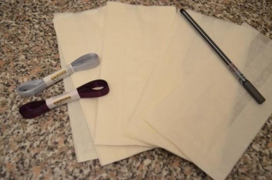 Tütchen, Stift und Bändchen - Mehr braucht ihr nicht! Bild: PlusPerfekt.de