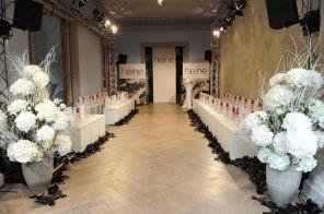 Ganz in weiß ... I Showroom in der Eventlocation Haller 6 I Bild: Heine