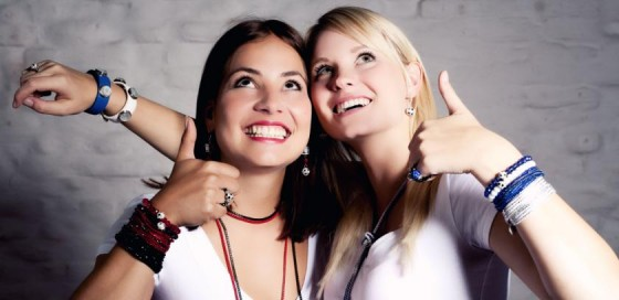 Daumen hoch für unsere Fußball-Damen I Bild: 12te FRAU