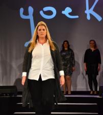 Finalistin Christina Rottenfußer auf dem Yoek-Runway