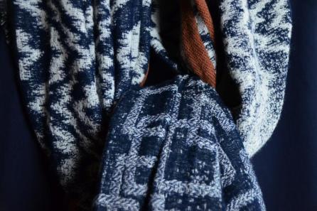 Übergroßer Schal in Grau-Blau-Braun