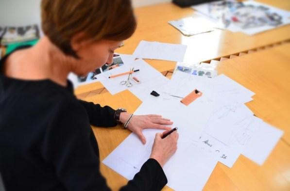 Entwürfe für die neue Sallie Sahne Kollektion? Modedesignerin Eva Lutz