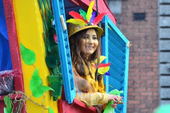 Blumen- oder Federfee? Fotos von der Parade zum Saint Paddys Day I Dublin