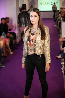 Premiere für den Jungdesigner bei der Manou Lenz Fashion Show I Fashion Week Berlin