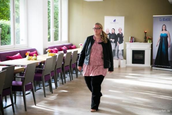 Casting zur Wahl der Fräulein Kurvig im Indigo-Hotel in Düsseldorf