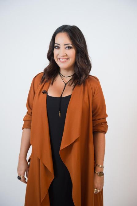 Mia Kawai, Modesdesignerin und Stylistin