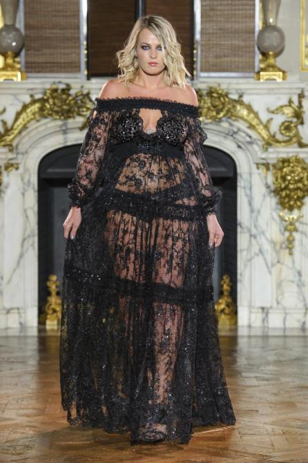 Haute Couture I Fashion Show von Ewa Minge im Rahmen der Fashion Week Paris