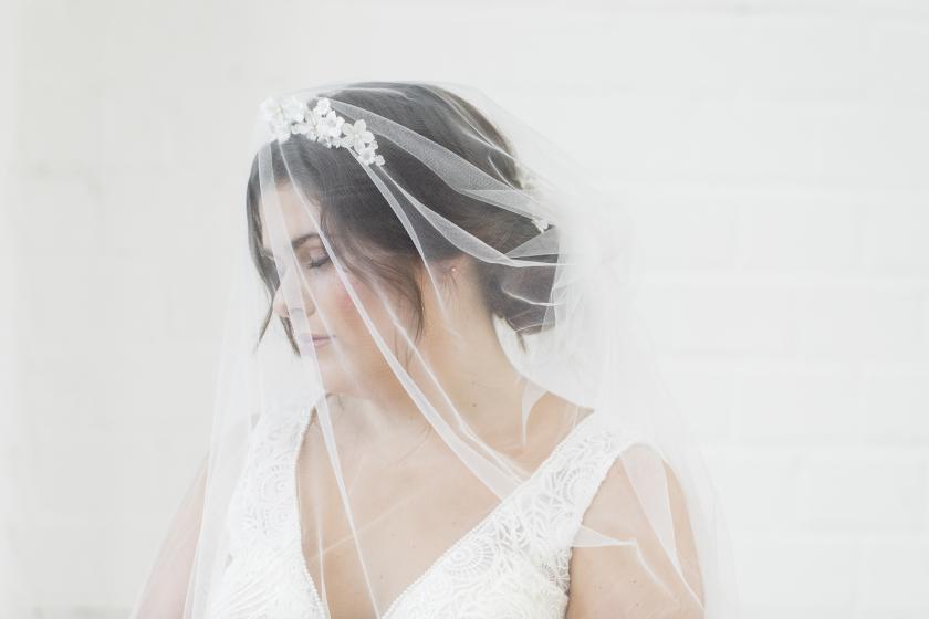 Handgefertigter Haarschmuck für Bräute