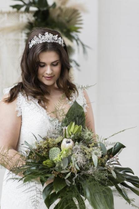 Für Bräute: Haarschmuck von Chiara Niggeloh