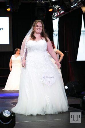 Hochzeitskleid in Plus Size   Brautatelier Feenzauber