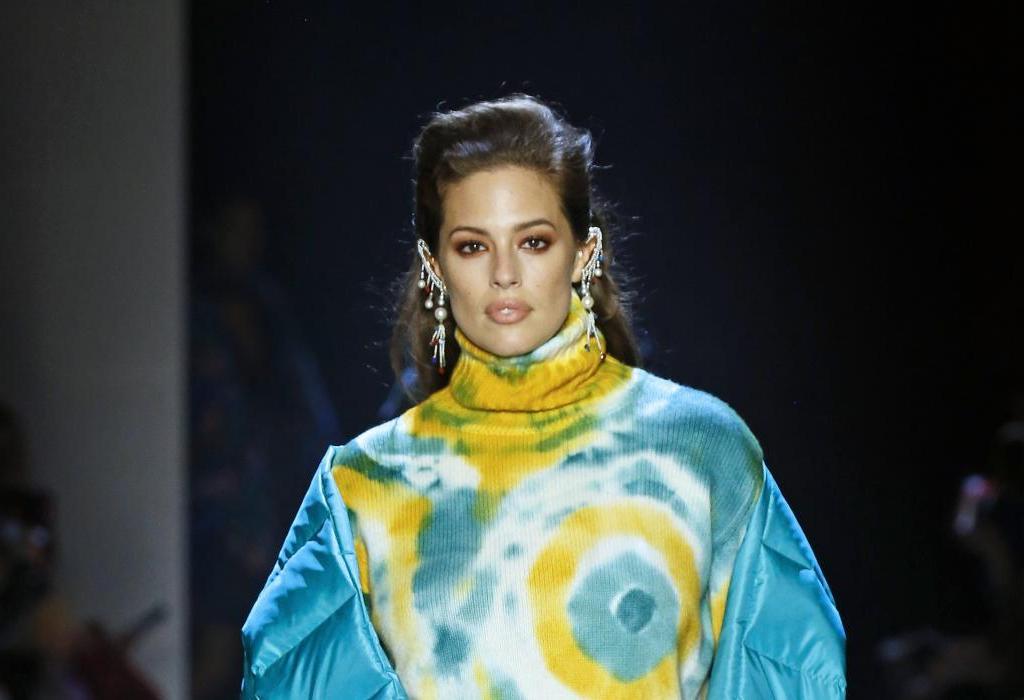 Ganz schön farbenfroh | Rollkragenpullover aus der Prabal Gurung Kollektion