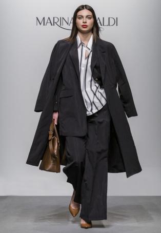 Mantel und Hosenanzug für Curvys | Marina Rinaldi