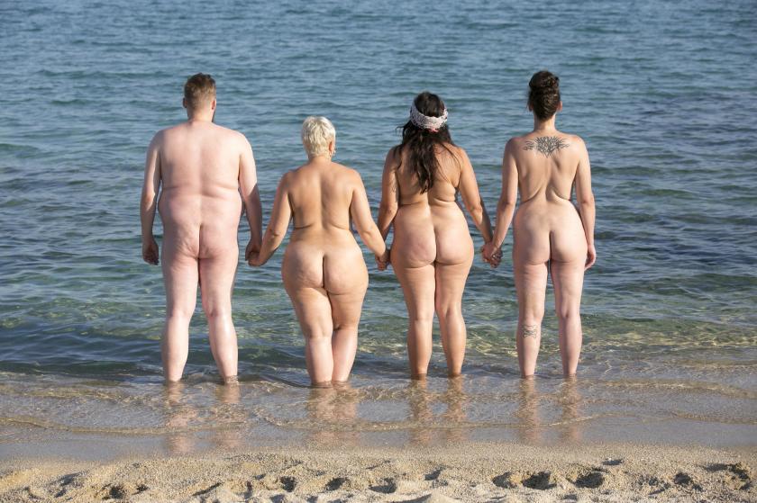 """Die Coaches von """"No Body is perfect"""" am Naked Beach"""
