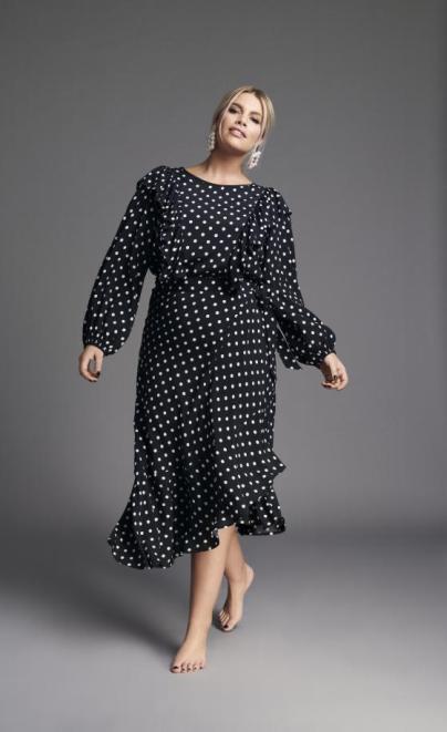 Mit Volant und Punkten | Kleid aus der Angelina Kirsch Kollektion