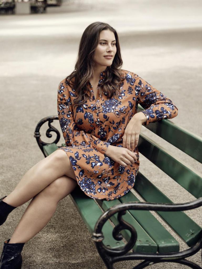 Floraler Herbst | Kleid für Curvys von Samoon