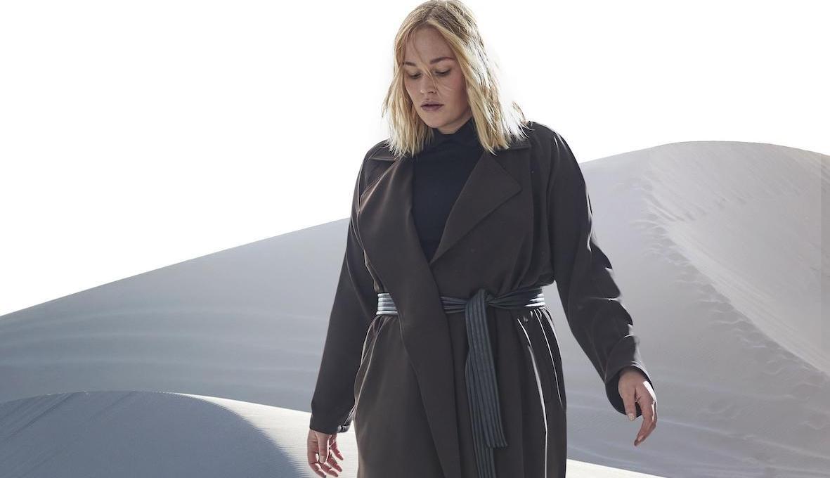 Sallie Sahne | Plus Size Mantel | Herbst-Winter-Kollektion