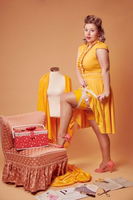 Ella Westphal als Pin-up inszeniert und fotografiert von Yvonne Sophie Thöne