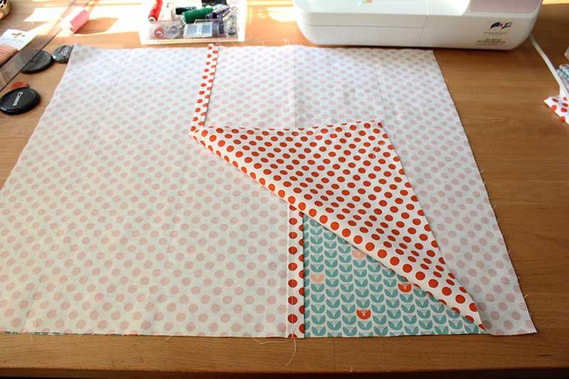 Kussensloop stikken // Sewing the pillow case