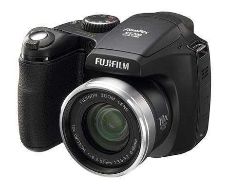 En riktig goding! Lättare än en systemkamera, Mer avancerad än en kompakt.