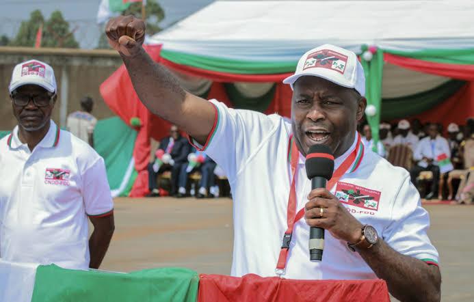 NEW BROOM! Here's the newly-elected Burundi President Gen ...