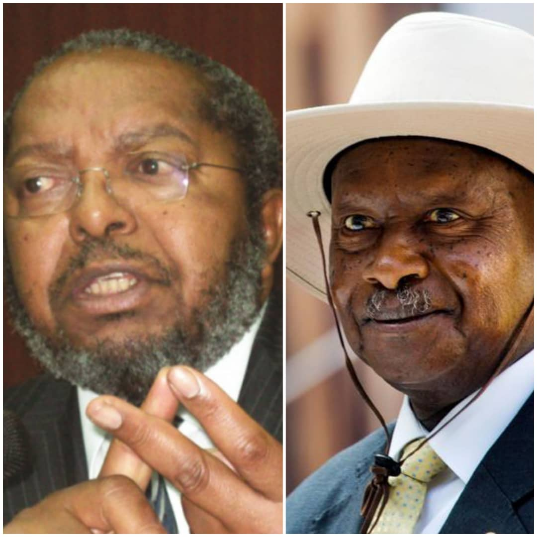 Governor Emmanuel Tumusiime Mutebile (L) was ordered by President Museveni (R) to investigate the matter of Simbamanyo House (PHOTO/File).
