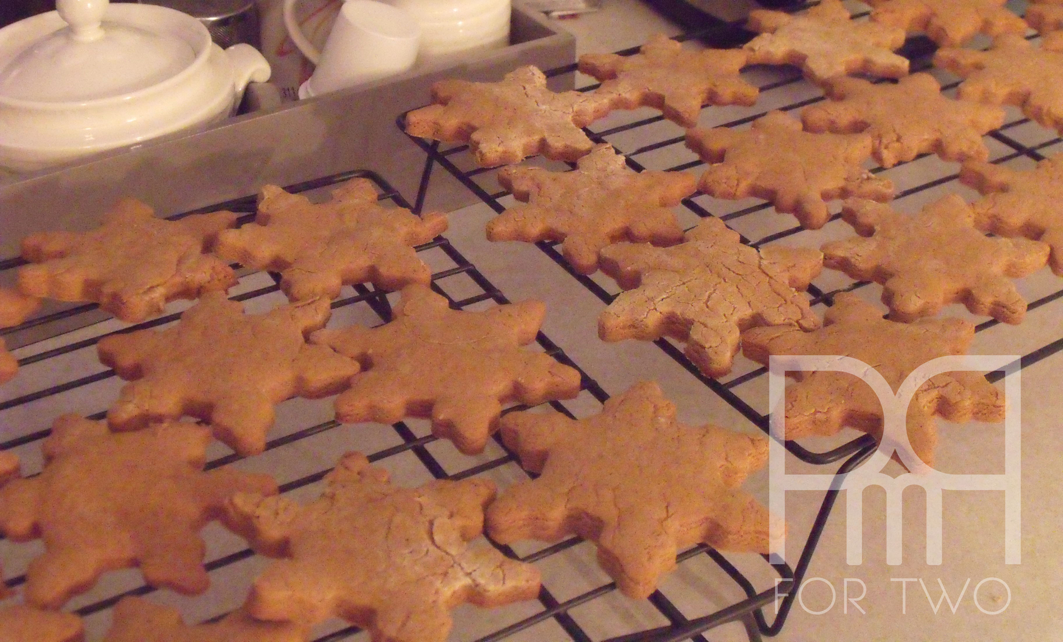 gingerbread snowflakes cookies christmas