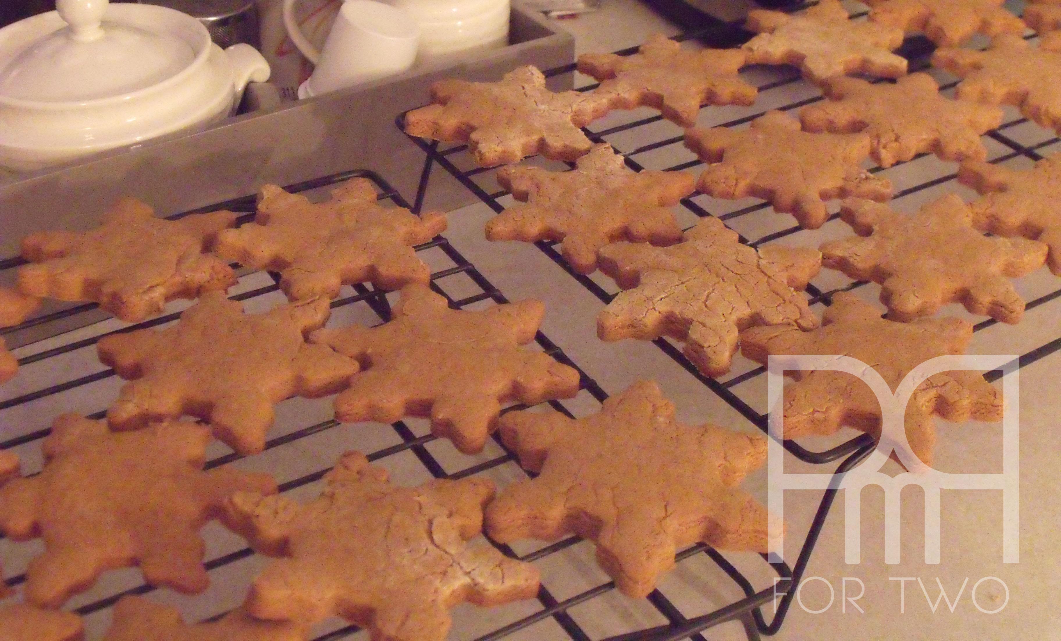 gingerbread snowflakes cookies christmas