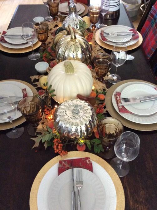 Thanksgiving Dinner Table Decor
