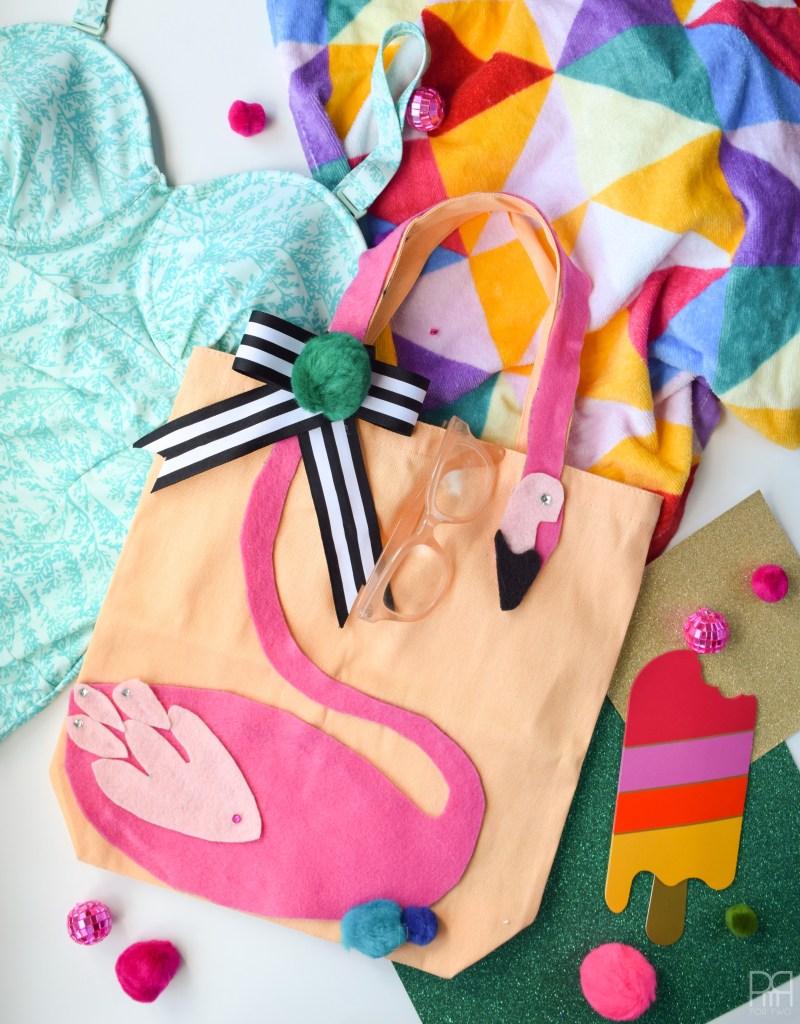 Felt Flamingo Bag finished image