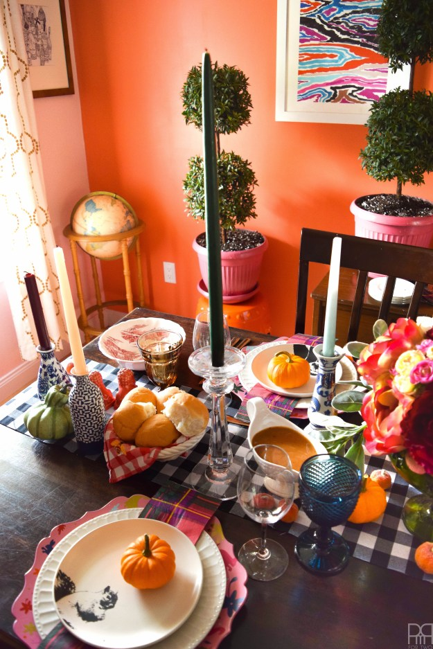 eclectic-and-colourful-thanksgiving-tablescape-14