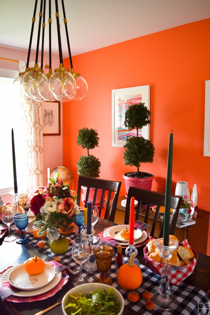 eclectic-and-colourful-thanksgiving-tablescape